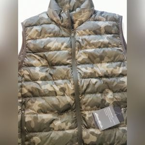 EDDIE BAUER Men's camo vest
